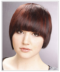 Short hairstyle for oblong face shape